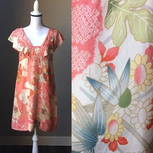 Size M Silky Floral Tunic
